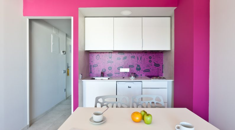 Cocina apartamentos hotel Ryans Ibiza