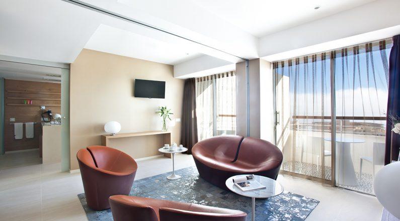 Salón family suite hotel OD Port Portals
