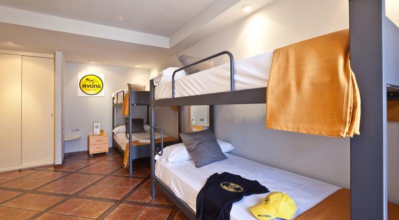 hotel ryans la marina, rooms, habitación cuadruple
